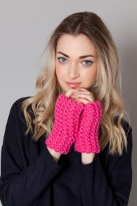 kiera-fingerless-gloves