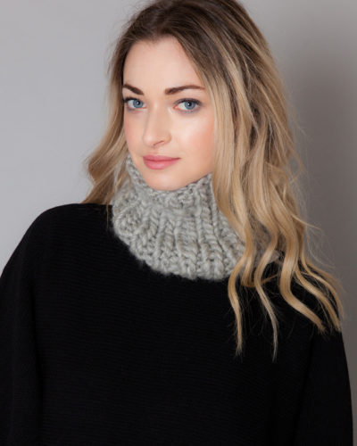 hand knit wool collar neck warmer kute wisp