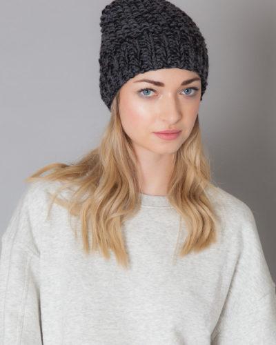hand knit wool hat beanie chili wisp