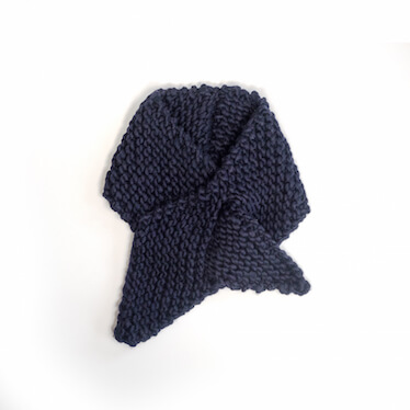 hand knit wool scarf killing me softly in the navy wisp