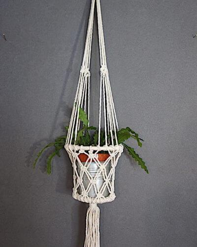 macramé-plant-holder-micaela-WISP
